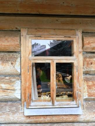 511-trip-to-zakopane-wood-worker-shop