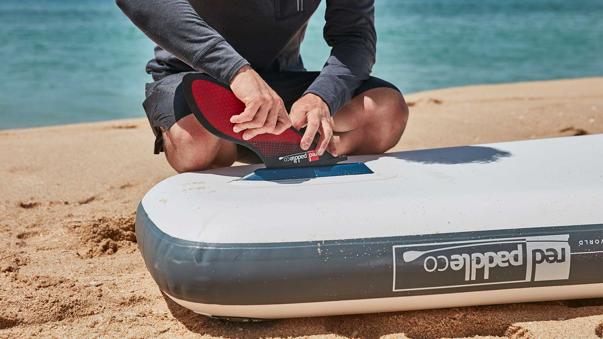 redpaddleco-220-dragon-inflatable-paddle-board-desktop-gallery-fins
