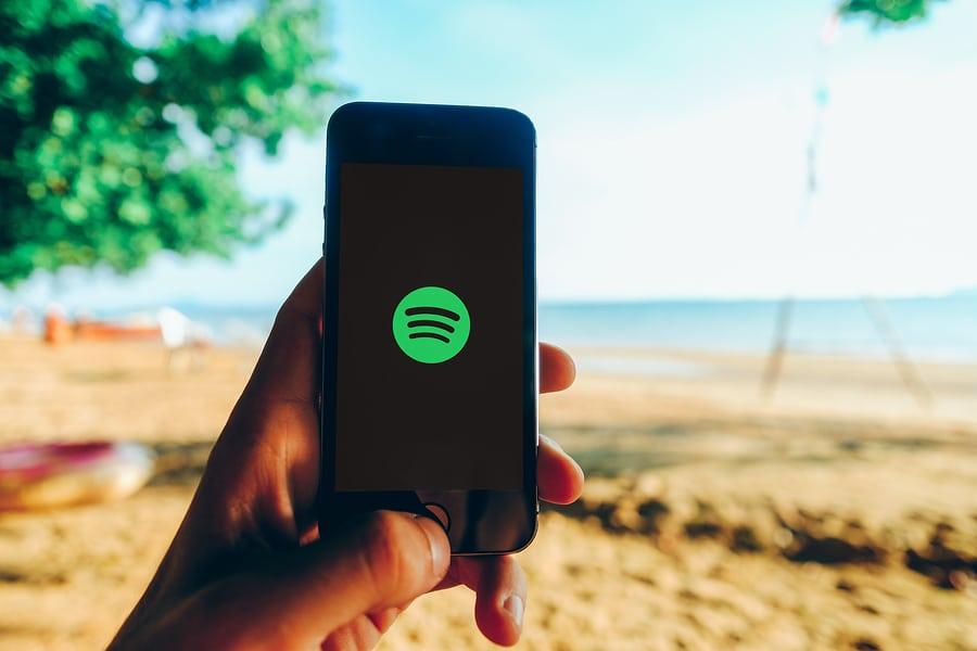 Tras la decisión de Twitter, también desaparecerá la publicidad política de Spotify desde 2020