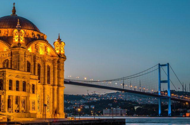 architecture-beautiful-bridge-1549326.jpg
