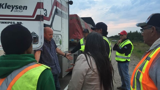 Cree, Métis Trappers And Fishermen Block Highway In Northern Manitoba