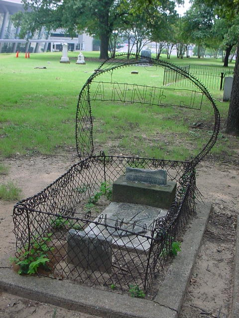 A wire-wrapped crib for the deceased Annie at the Pioneer Cemetery in downtown Dallas.