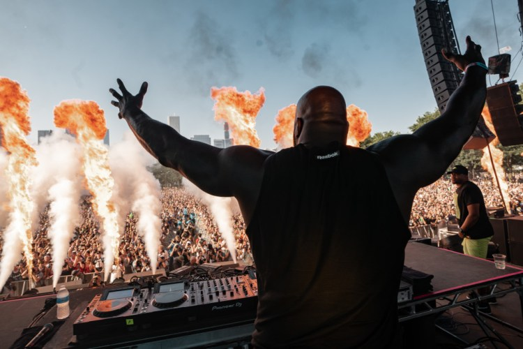 """How EDM """"Revitalized a Sense of Urgency and Passion"""" in Shaquille O'Neal [Interview]"""