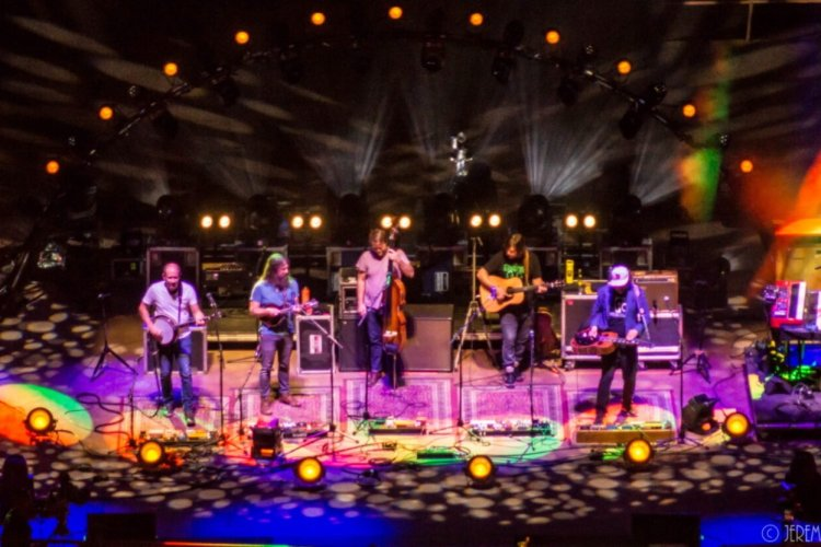 Greensky Bluegrass Welcomes Holly Bowling & Railroad Earth Members At Red Rocks