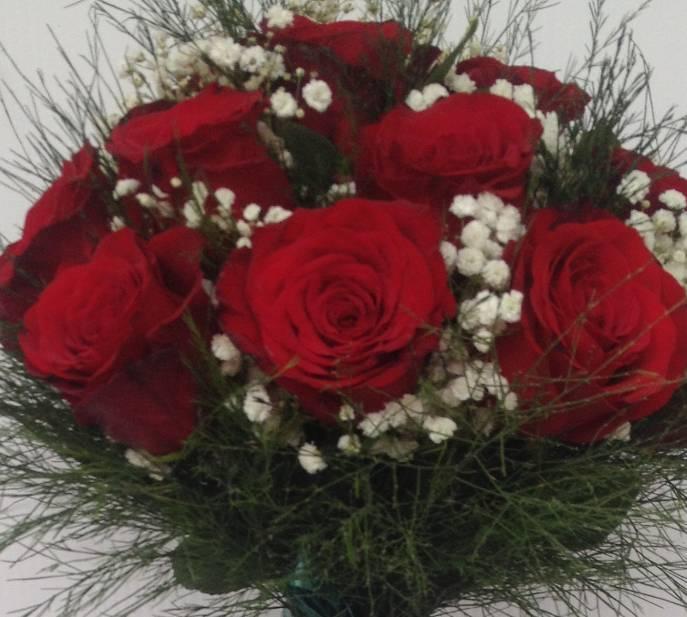 Bidermajer od crvenih ruža 40eur