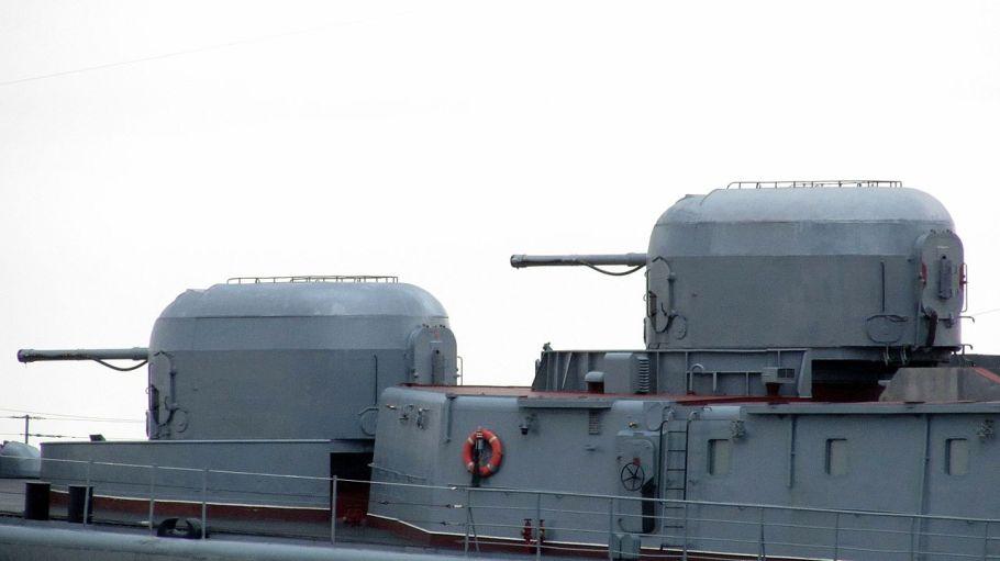 Admiral_Tributs_-_AK-100_Main_Gun