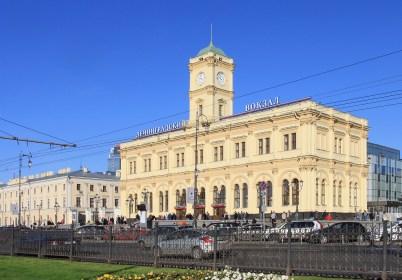 """La gare """"Leningradskiy"""" de Moscou. Image@Lilit 74"""