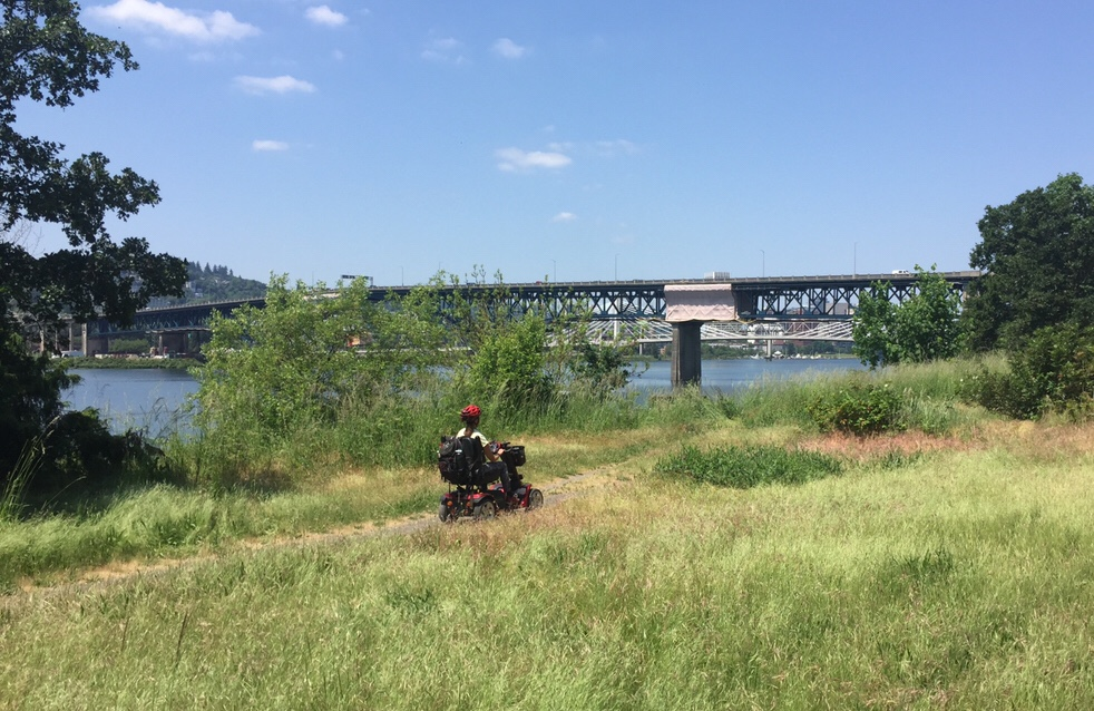 A little off-road scoot along the Springwater Corridor