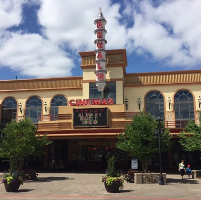 Regal Cinemas Bridgeport Village, Tigard, OR