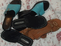 Sandal_pile