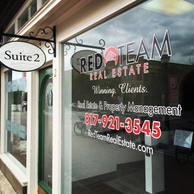 Red Team's front window on Magnolia Avenue