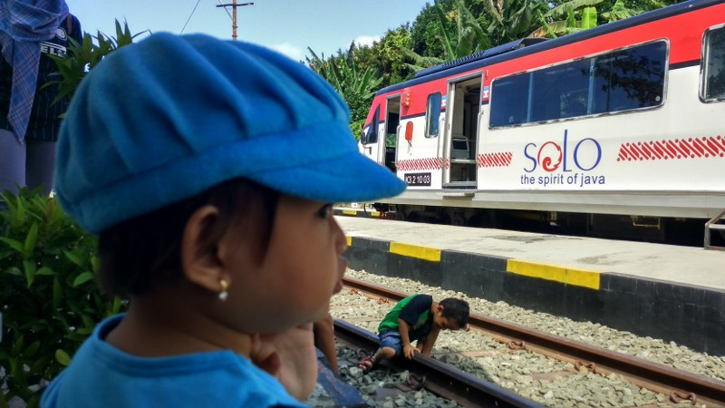 Backpackeran Solo Wonogiri Dengan Rail Bus Batara Kresna
