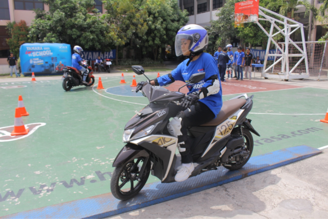 Yamaha Goes to School Safety Riding