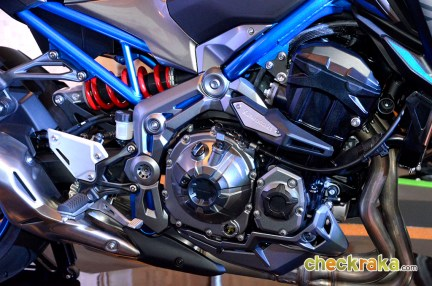 Kawasaki Z900 Special Edition Candy Blue