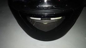 moncong helm dan visor tergores