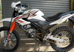 Modifikasi Honda CB150R StreetFire Traktor DOHC