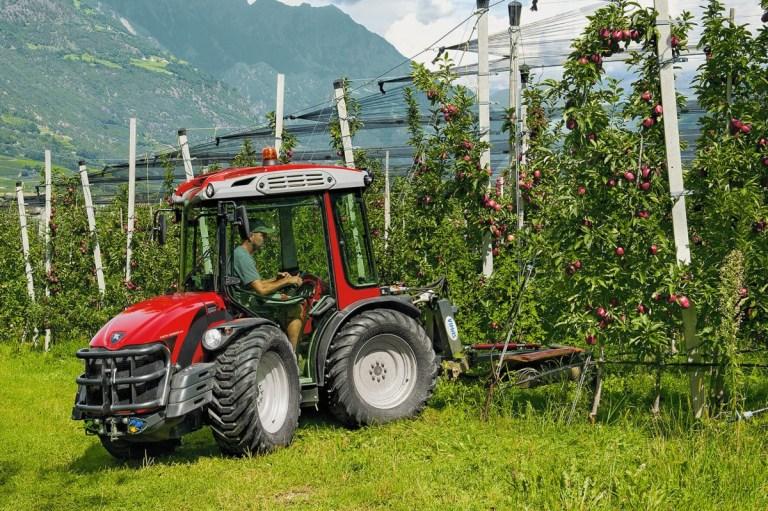 Трактор для сада Antonio Carraro SRX