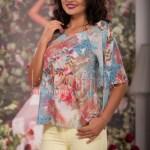 Bluza lejera de vara cu maneci largi si imprimeu colorat