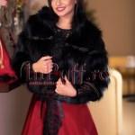 Jacheta dama din blana neagra