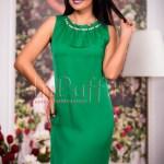 Rochie midi verde cu perle la gat