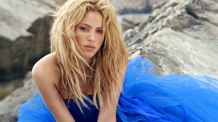 Shakira 16