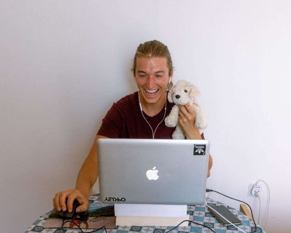 Dom teaching on VIP KID.