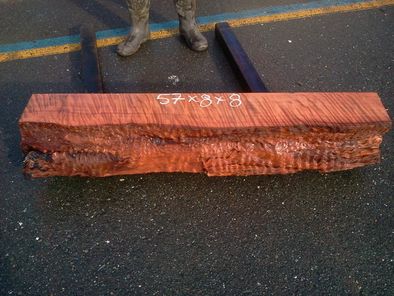 Old Growth Redwood Thick Mantel - Curly Grain