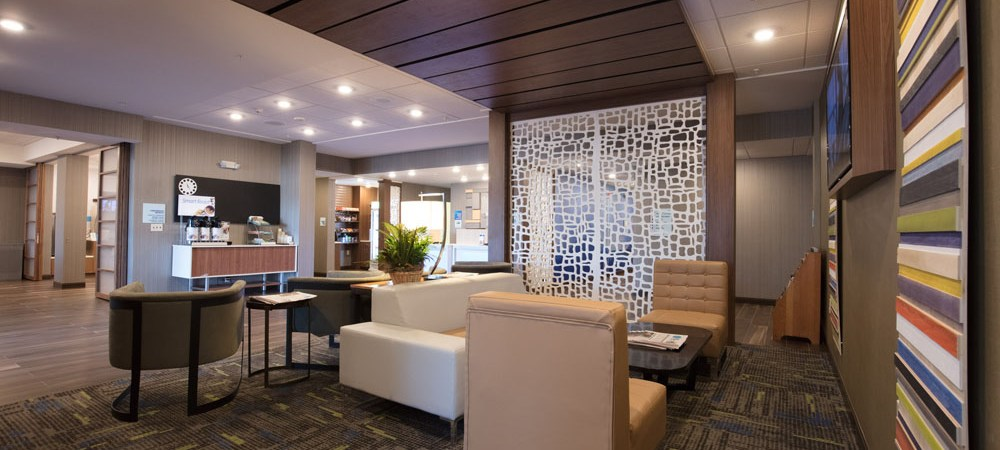 NJ-Hotel_Interior-Design-Lounge.jpg?resize=1000%2C450