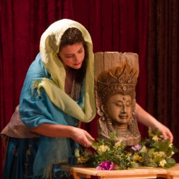 ROW 2013 - Lakme: Kaitlin Loeb decorates the altar