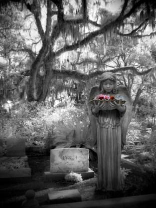 Bonaventure Cemetery Statue