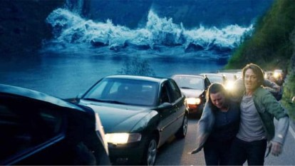 Scene from The Wave with wave in the background