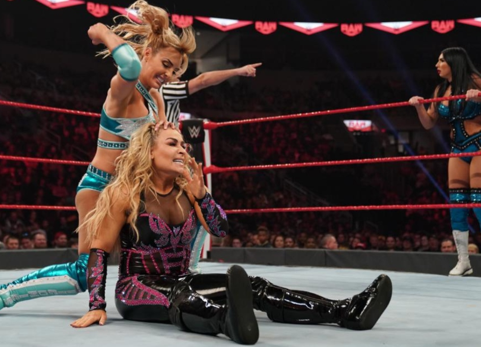 WWE presents first-ever female match in Saudi Arabia