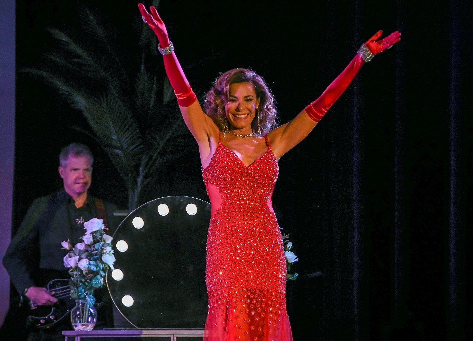 'RHONY' star brings cabaret show to Wellmont Theater