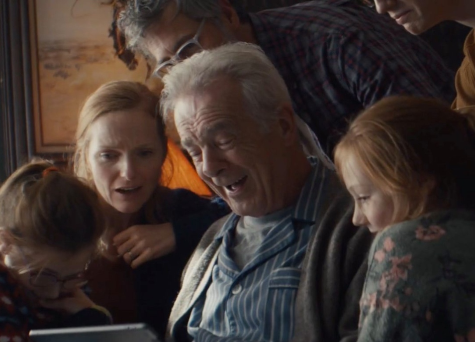 Apple tackles grief, love and hope in new holiday spot