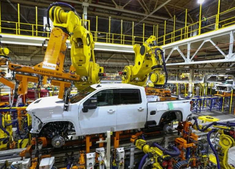 General Motors to suspend production in North America