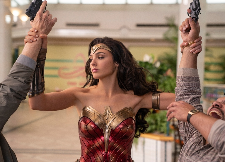 'Wonder Woman: 1984″ may be delayed again