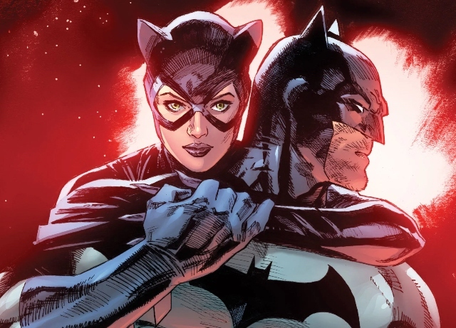Batman and Selina in action in Chicago's loop