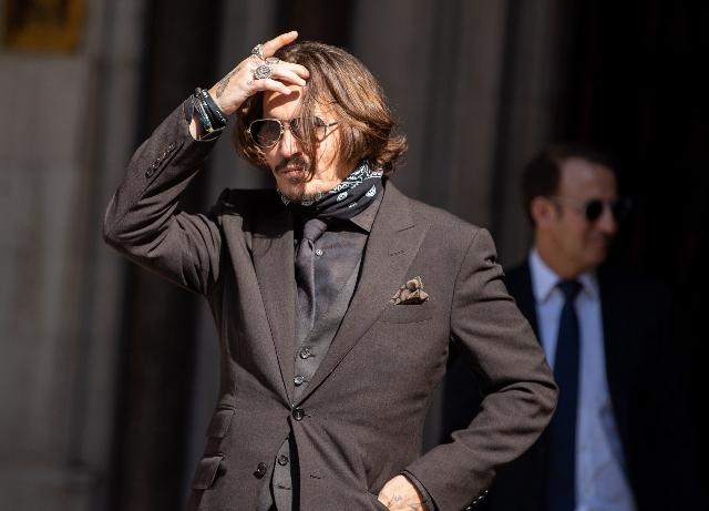 Johnny Depp leaves 'Fantastic Beasts 3'