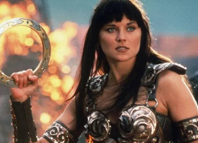 Xena Warrior Princess and Hercules battle on Twitter