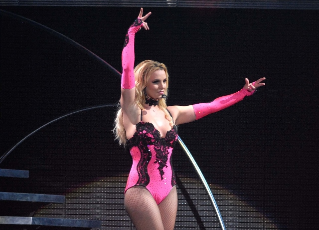 Britney Spears: Judge denies request to remove father
