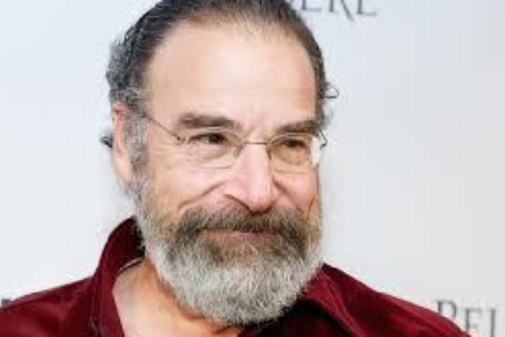 CSNC lands Mandy Patinkin to narrate 2005 Sox doc