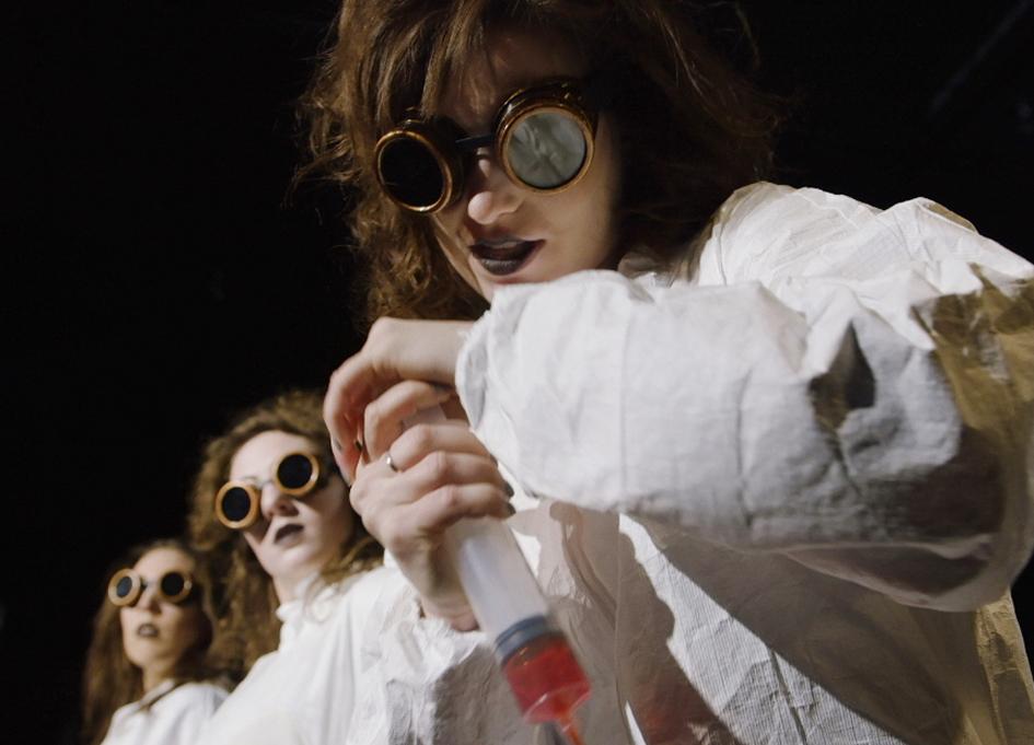 Chicago-made 'Curtains' rolls through festival circuit