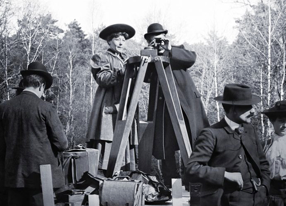 """Be Natural: The Untold Story of Alice Guy-Blaché"""