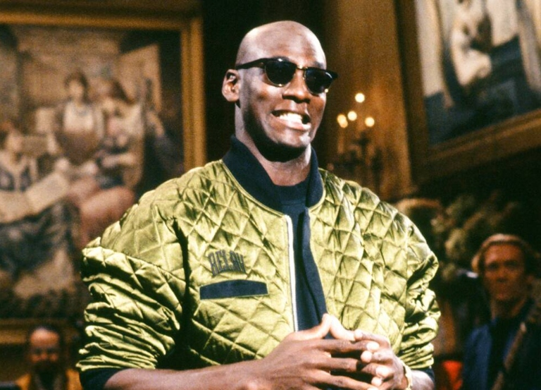 Tonight: Michael Jordan hosts classic 1991 'SNL'