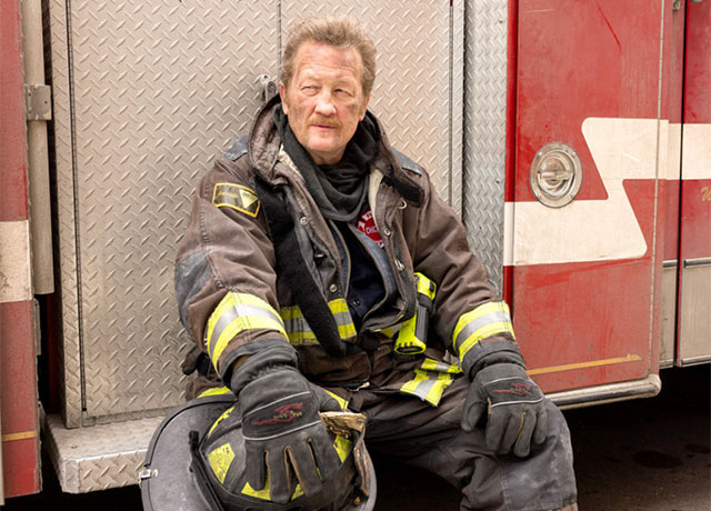 Chicago Fire set pics for 'Natural Born Firefighter'