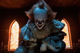 Nothing to smile about - Skarsgaard brings chills as Pennywise in IT.