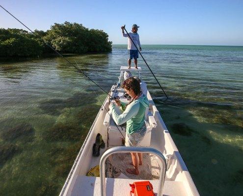 Womens saltwater flyfishing, Belize, flyfishing travel