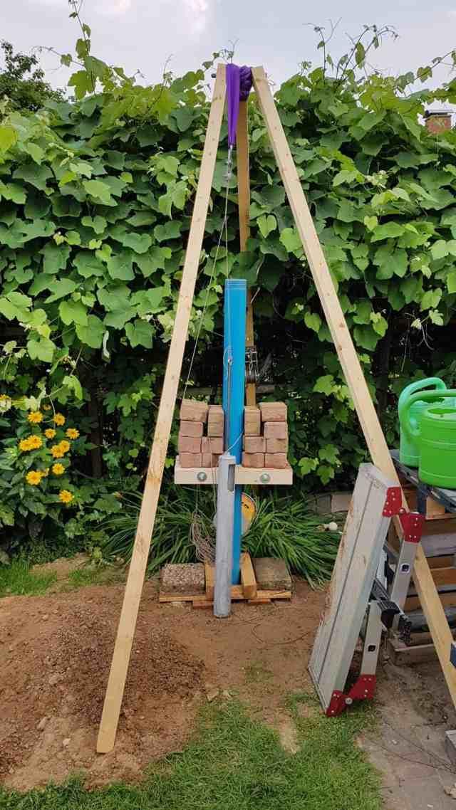 Brunnen bohren brunnenbau dreibein kiespumpe plunschen