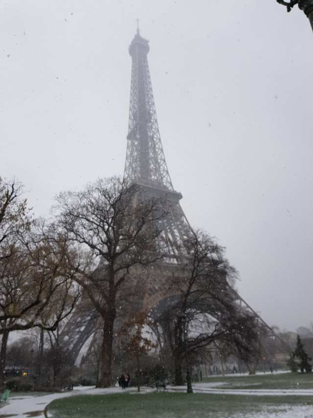 Paris Eiffelturm Winter Schnee