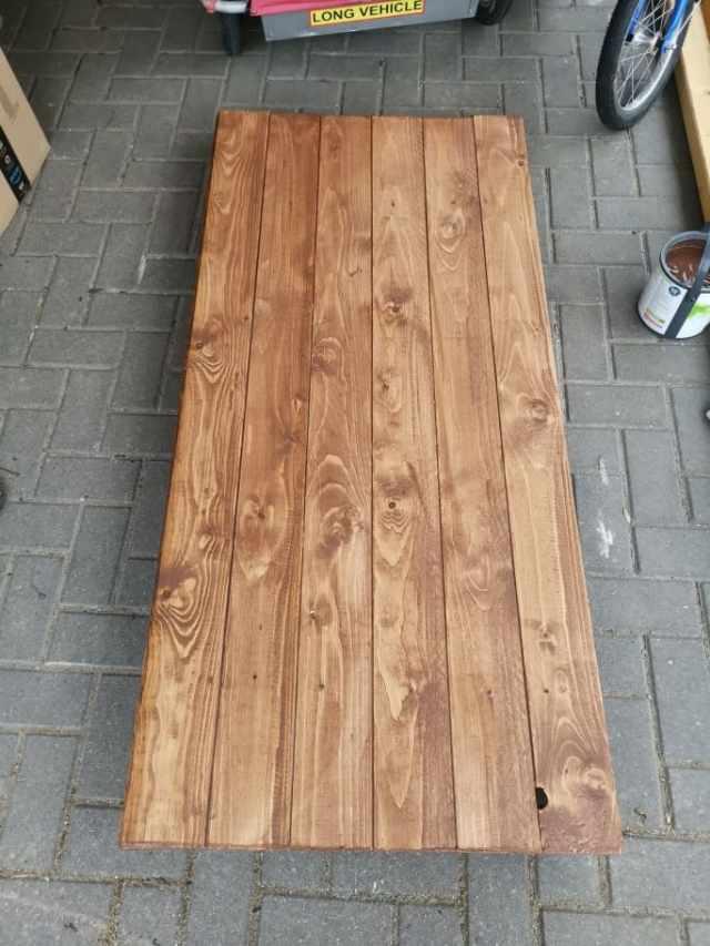 Holzdeck lasieren